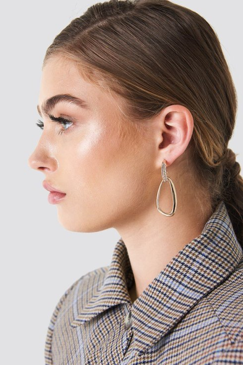 nakd_embellished_asymmetric_oval_earring_1015-000869-0013_01l